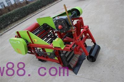 4KW-105型(花生收)块茎挖掘机